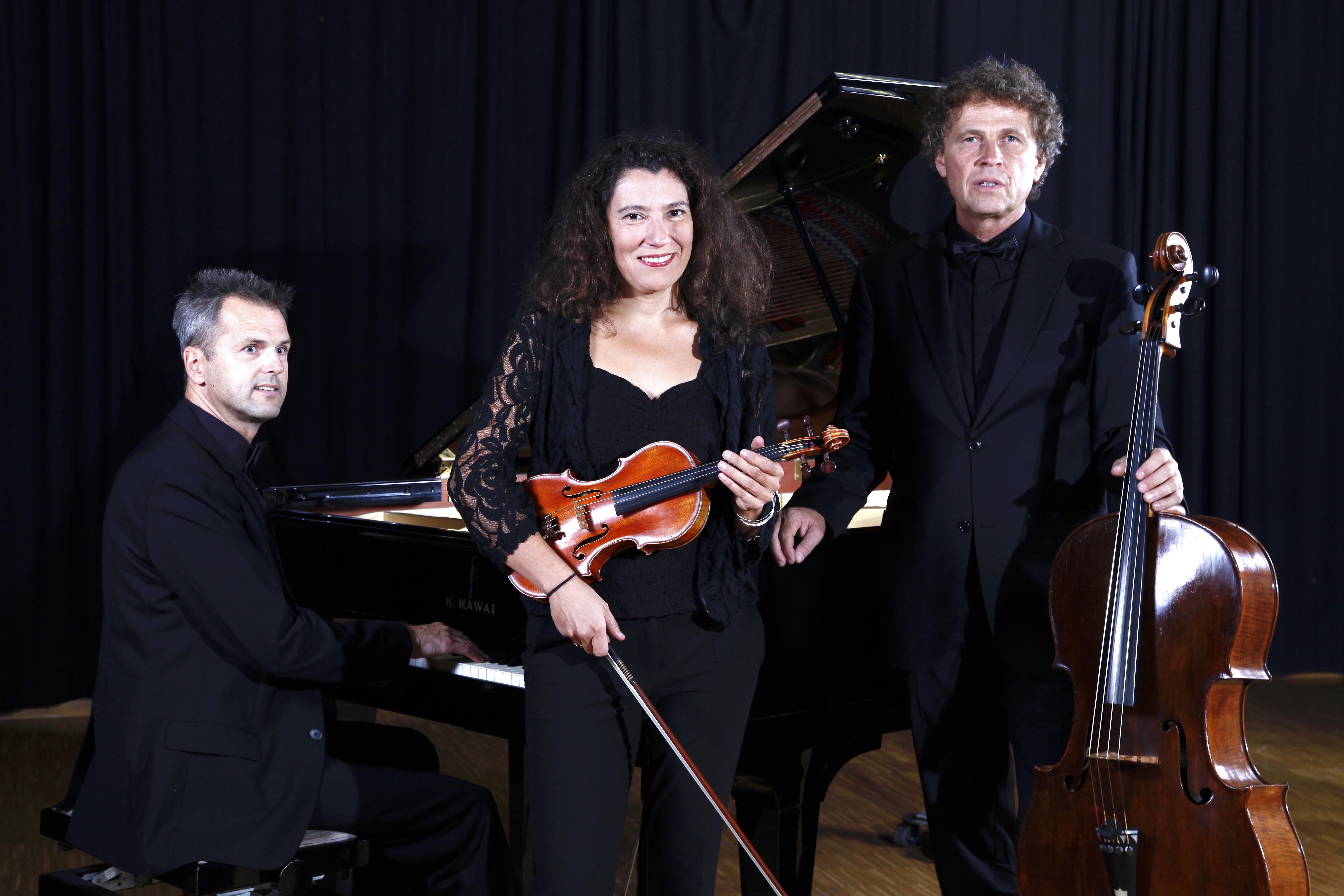 Lenzmond Trio