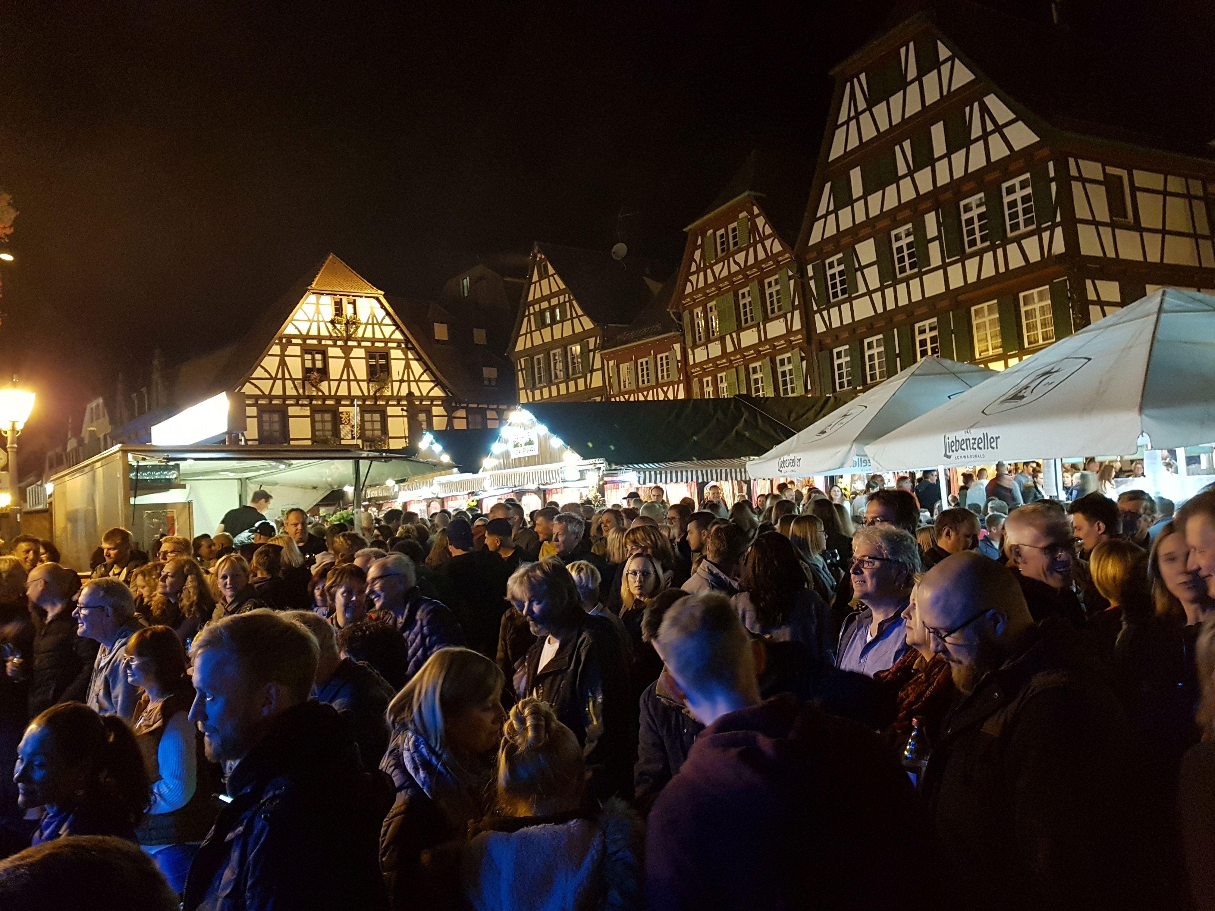 Brettener Weinmarkt mit verkaufsoffenem Sonntag