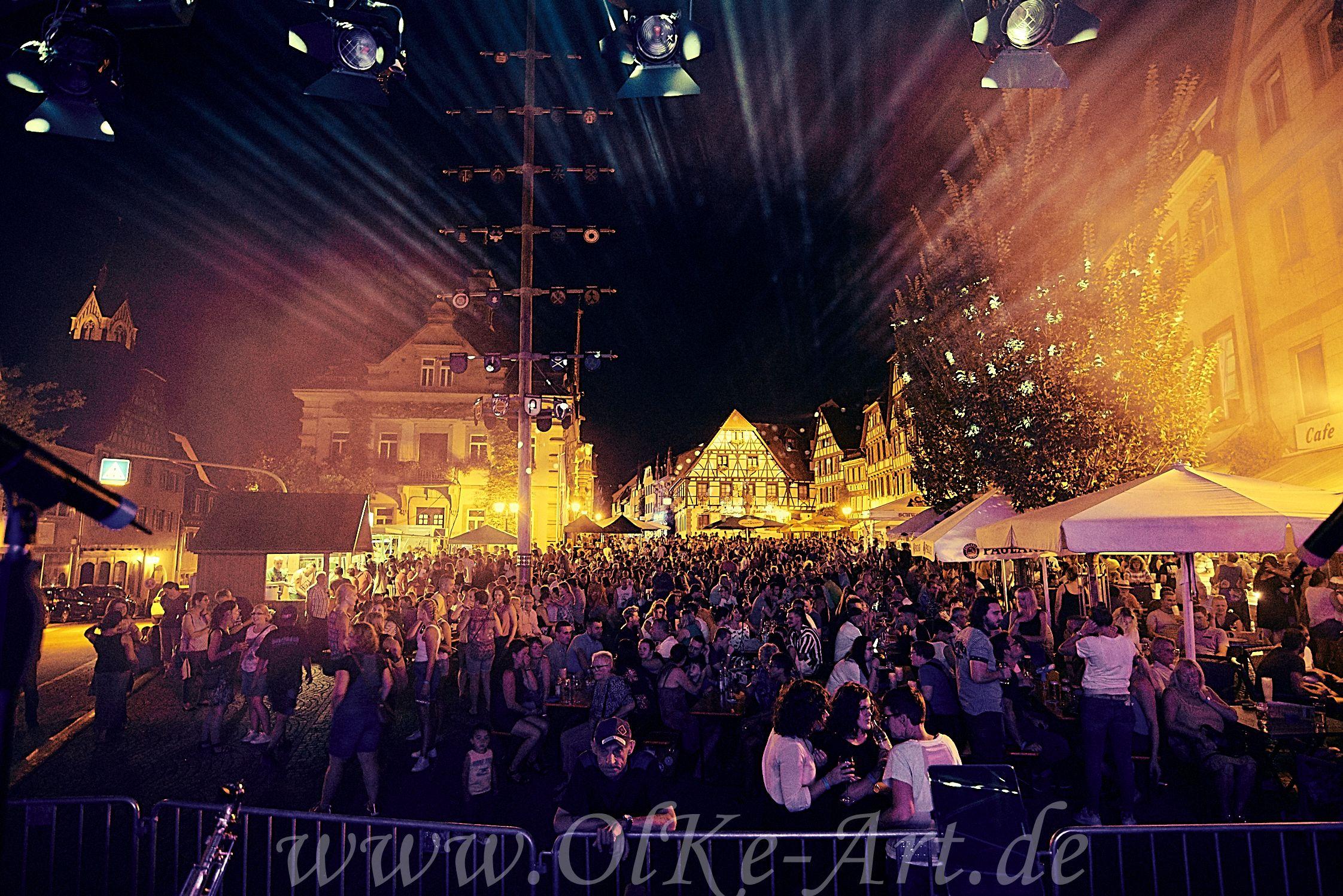"""""""Bretten live"""" 2021 - Das Musikwochenende auf dem Brettener Marktplatz"""