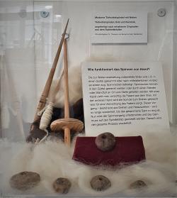 Stumme Zeugen aus Ton: Handspindeln und Spinnwirtel aus rund 800 Jahren Textilgeschichte
