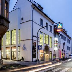 Eingang Weißhofer Straße