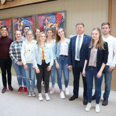 Der Jugendgemeinderat zusammen mit OB Martin Wolff