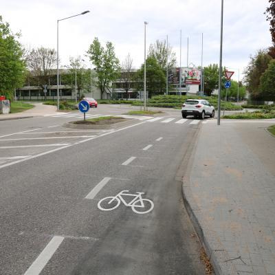 Fahrradschleuse in den Kreisel